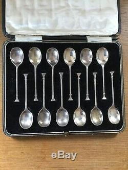 Art Deco Set Of 12 Boxed Seal Top Tea Spoons Birmingham 1924