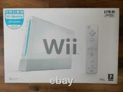 NINTENDO Wii SPORTS SET BOXED/COMPLETE+BOXED Wii FIT BOARD+GAMES-TOP CONDITION