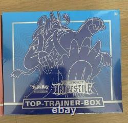 Pokemon Kampfstile Top Trainer Box Blau + Rot im Set