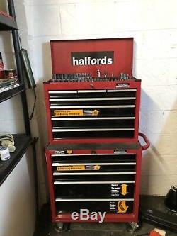 Halfords Professional Top Box & Roll Cabine Avec Un Jeu Complet D'outils